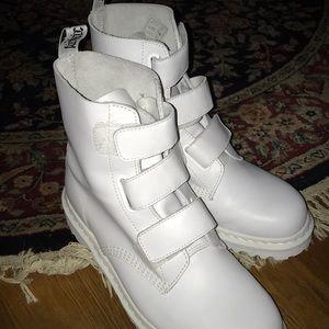 Drmartens Coralia Venice White Boot